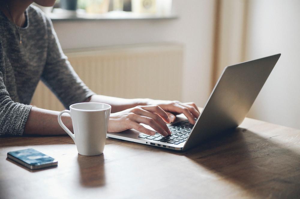 reális otthon dolgozni és keresni Bináris Opciók Akadémia vélemények