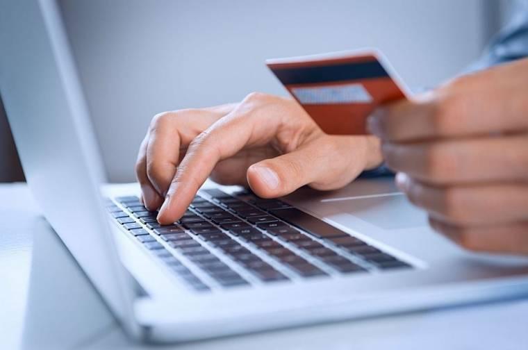 online bérek egy opció racionális költsége